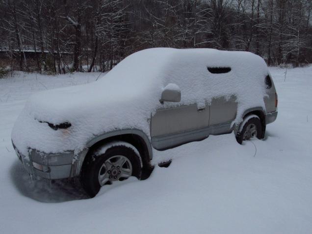 snow-covered-4-runner